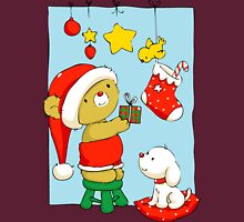 Christmas Bear doing Christmas decorations Unisex T-Shirt