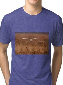 Barn owl in flight Tri-blend T-Shirt