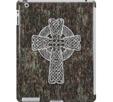 Celtic Cross in white iPad Case/Skin