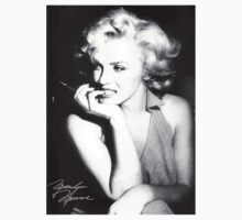 Marilyn  Monroe  by yuyi472