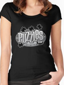 Puzzles Bar Women's Fitted Scoop T-Shirt