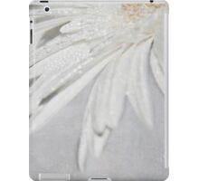 Glittering Gerbera iPad Case/Skin