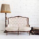 retro sofa by naphotos
