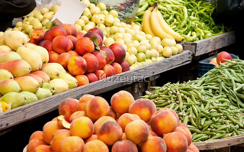 Fruits and Vegetables by Kuzeytac