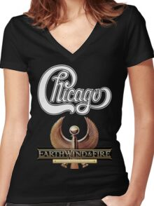 chicago earth wind fire Tour 2 Women's Fitted V-Neck T-Shirt