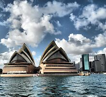 Sydney Opera House by SkatingGirl