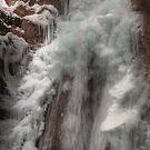 Frozen falls II by zumi