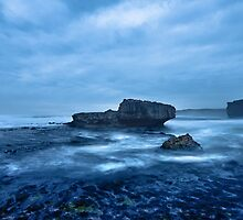 Sherbrook Cove, Port Campbell National Park by pablosvista2