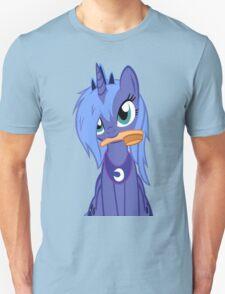 Luna ,Messy Mane  Unisex T-Shirt