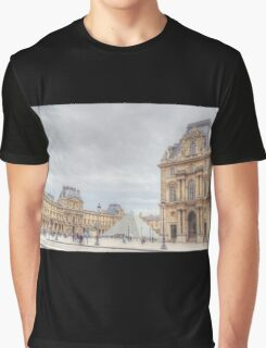 Loving The Louvre Graphic T-Shirt