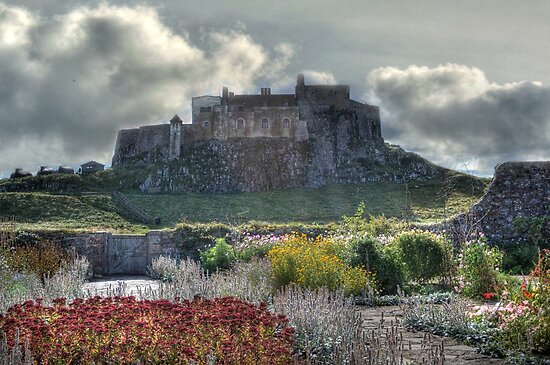 Lindisfarne Castle (Holy Island) by Colin Metcalf