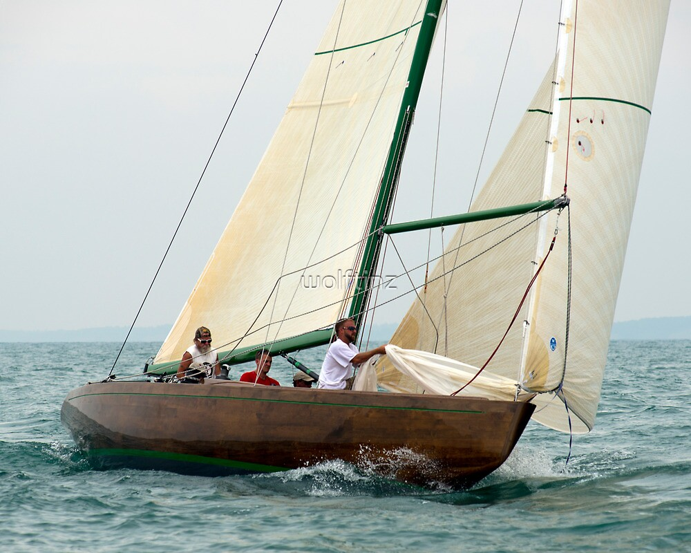 Natural prepares to hoist the spinnaker by wolftinz