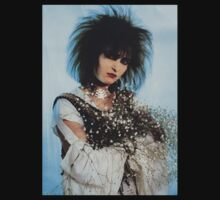 Siouxsie Sioux with Bouquet T-Shirt