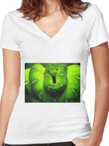Wild nature - green snake Women's Fitted V-Neck T-Shirt