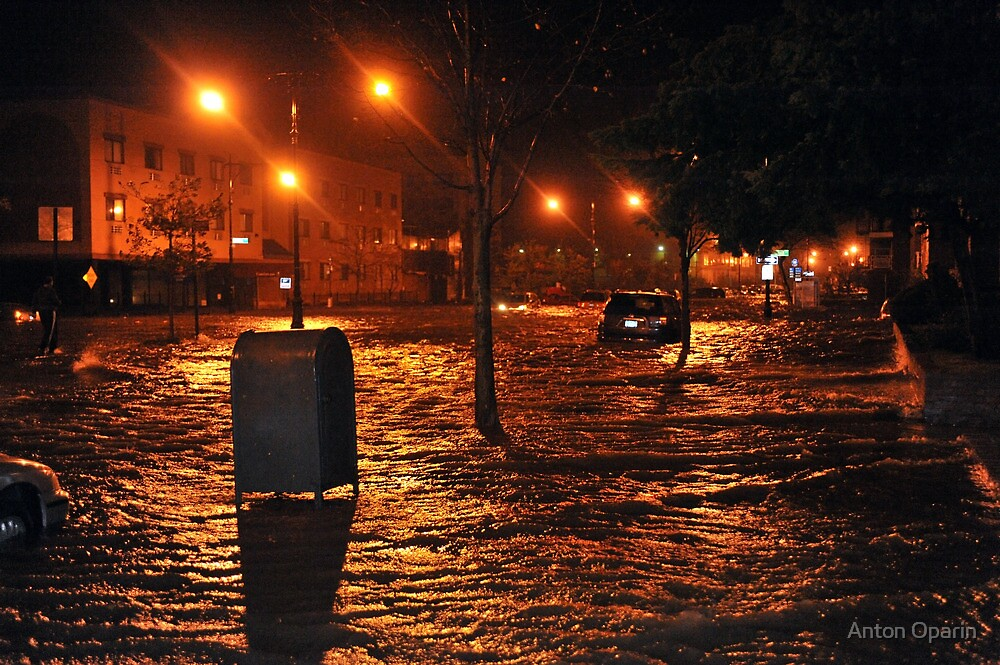Hurricane Sandy in Brooklyn NY - 9pm, October 29, 2012 by Anton Oparin