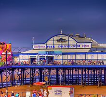 Cleethorpes Pier by Paul  jenkinson