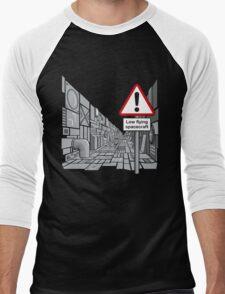Low Flying Spacecraft Men's Baseball ¾ T-Shirt