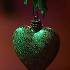 Holiday Love by runawaywind