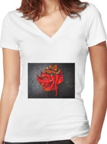 Chilies Women's Fitted V-Neck T-Shirt