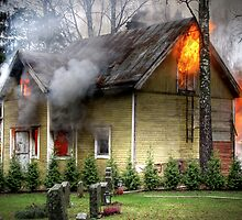 15.11.2012: Old, Abandoned House Burning II by Petri Volanen