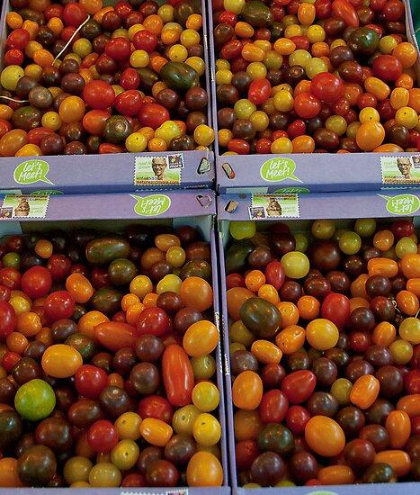 Tomates by Marie Watt