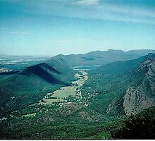 Hall's Gap Township -  Grampians Mountain Range,Vic. by EdsMum
