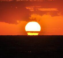 Bold Sunrise by khphotos