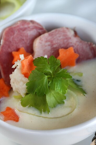 Hamburg Parsley Soup With Pork Tongue by SmoothBreeze7