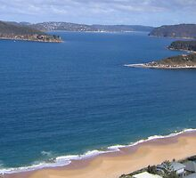Pearl beach from above by jennyanneok