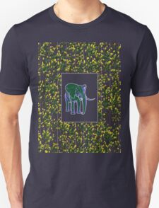 animal wallpaper 13 T-Shirt