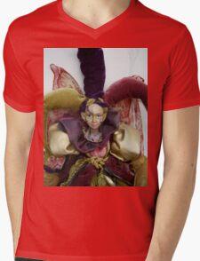 Iwiki Doll Mens V-Neck T-Shirt