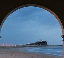 Nobby Beach Arches (1:5 Panorama) by Daniel Rankmore