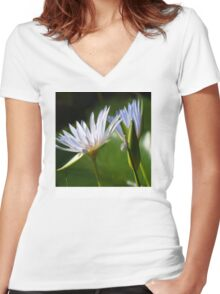 Waterlily Tablet Case Women's Fitted V-Neck T-Shirt