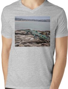 Crocodile @ Sculptures By The Sea, Sydney 2012 Mens V-Neck T-Shirt
