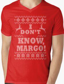 "Christmas Vacation - ""I DON'T KNOW MARGO!"" Mens V-Neck T-Shirt"