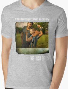 The Last of us Joel's Unforgettable memory Mens V-Neck T-Shirt