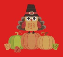 Thanksgiving Owl in Turkey Costume on Pumpkins Baby Tee