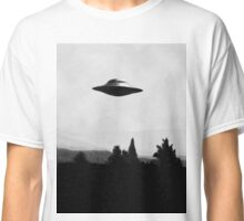 I Want To Believe - Black And White Classic T-Shirt
