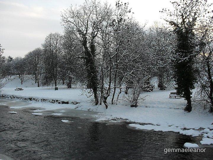 Winter Scene by gemmaeleanor