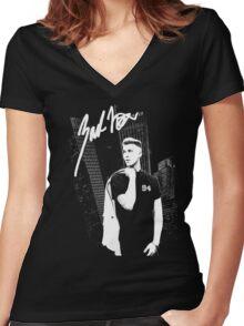 Zach Nelson - Shirt Women's Fitted V-Neck T-Shirt