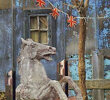 Statue de sellE by ROUGE BLANC  BLEU