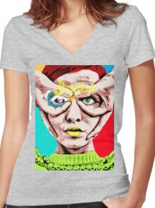 Twiggy Women's Fitted V-Neck T-Shirt