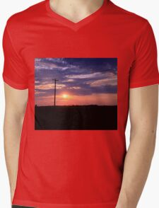 Alberta sunset Mens V-Neck T-Shirt