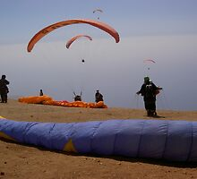 Paragliders Launch 6000ft by kezmole