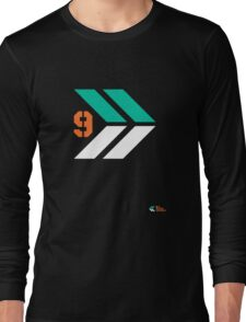 Arrows 1 - Emerald Green/Orange/White Long Sleeve T-Shirt