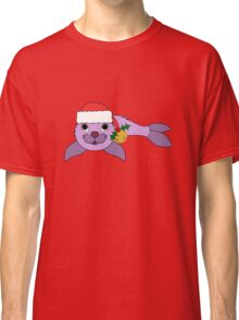 Light Purple Baby Seal with Santa Hat, Holly & Gold Bell Classic T-Shirt