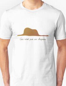 Ceci n'est pas un chapeau/ sans T-Shirt