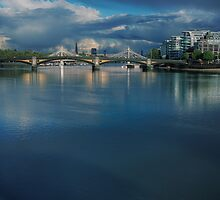 Battersea Bridge by timmburgess