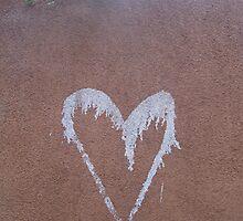 A Loving Wall by podspics