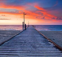 Normanville Jetty by Darryl Leach
